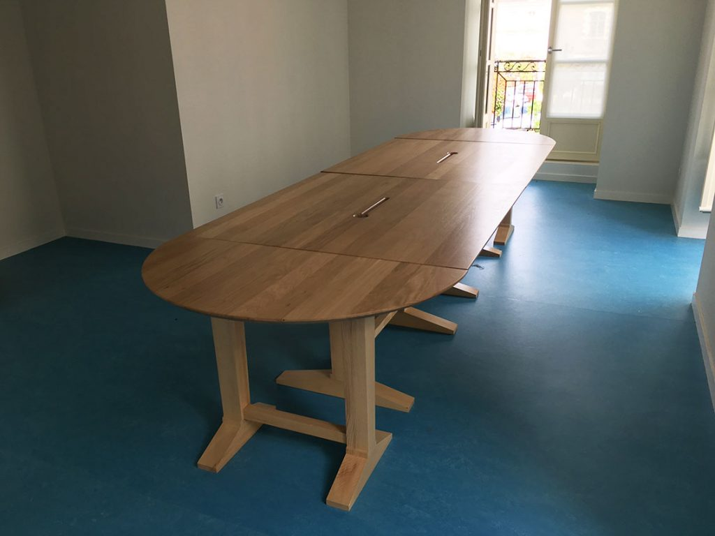 grande table en bois
