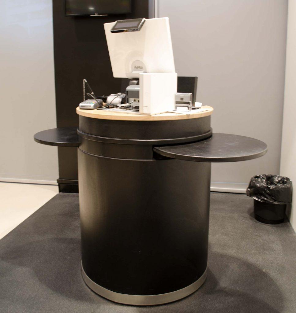 Les meubles de caisses et d'accueils ergonomiques