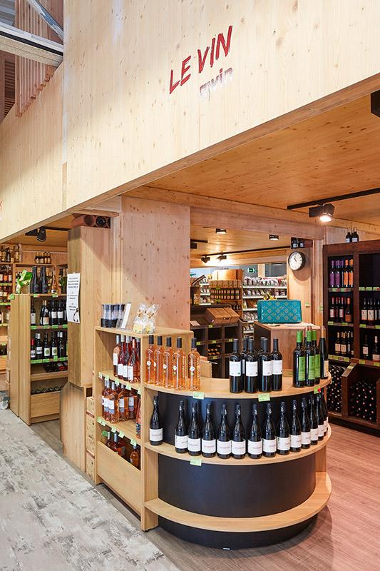Espace Vin en bois Bicoop Lorient