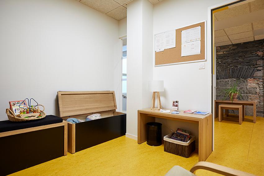 Les atouts d\'un meuble en bois sur-mesure pour sublimer votre ...