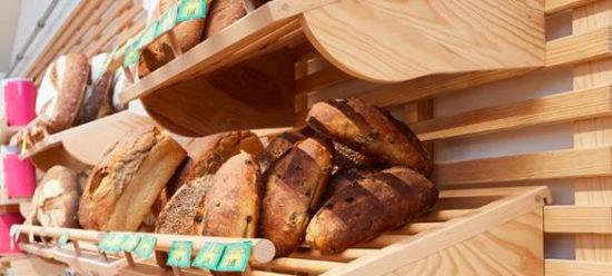 Etagère en bois authentique